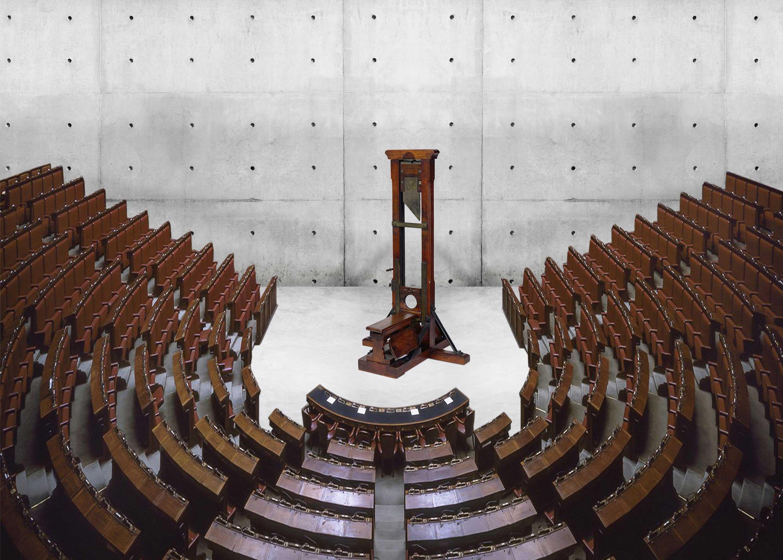 Macchina per tagliare il numero dei parlamentari